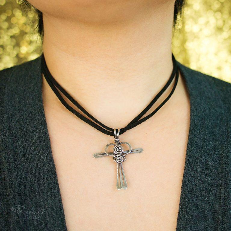Cross My Heart – Silver Pendant
