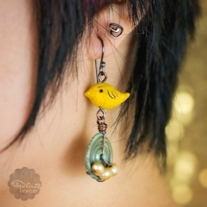 Bird Nests Earrings – Canary Yellow Gray
