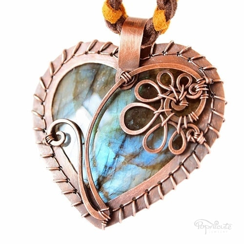 """""""Heart of Catherine"""" – A personalized heart pendant with a """"C"""" initial on top of a gorgeous blue labradorite."""
