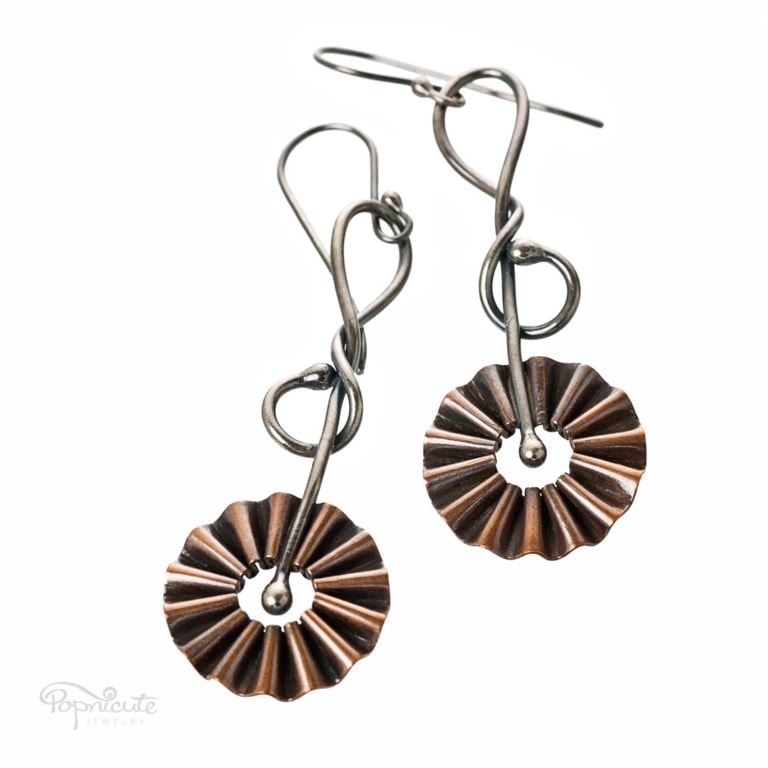 Fun Daisy Copper Earrings